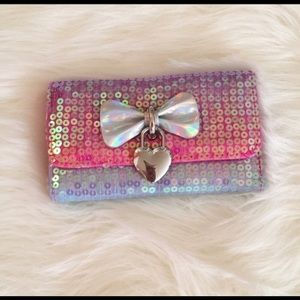 🦄 Unicorn color sequence wallet.